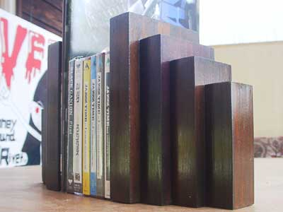 Ganion Made/Book Stand